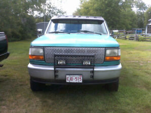 1995 Ford F150 4x4.