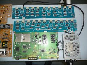 Télé Sony KDL-XBR2