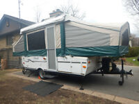 Tente-roulotte Flagstaff 620ST en excellente condition