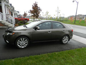 2010 Kia Forte SX 2.4L TOP OF THE LINE MODEL