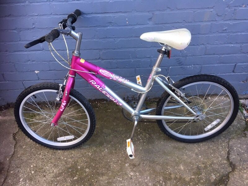 Raleigh krush girls mountain bike 13inch frame 20inch wheels   in ...