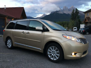 **SOLD** 2012 Toyota Sienna XLE LIMITED  (ALL WHEEL DRIVE!!!!!)