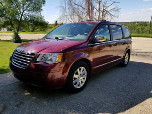 2008 chrysler town and country. Excellent family vehicle!