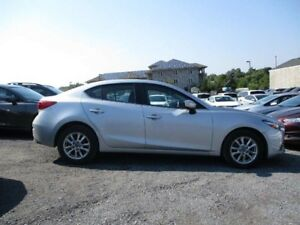 2017 Mazda Mazda3 GS - HEATED SEATS * SUNROOF * BACKUP CAM
