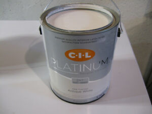 CIL Primer & Paint in one 3.6L White Interior Latex Paint