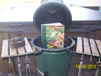Big Green Egg (Grill, Smoker and Oven) - Medium Size