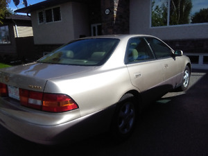 1998 Lexus Other Wood Sedan