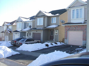 Entire 4 Bedroom Student House for Rent 8 Month or More Kitchener / Waterloo Kitchener Area image 10