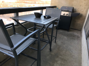BBQ - Patio Table & Chairs