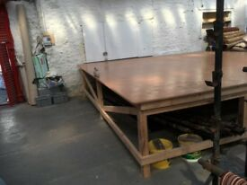Large work bench / stage