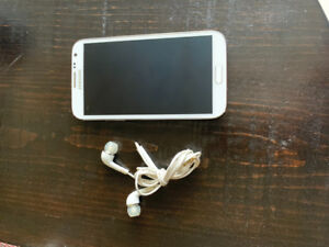 Selling a Samsung Note 2 White unlocked
