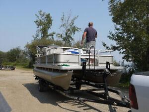 2011 20' Pontoon Boat for sale.