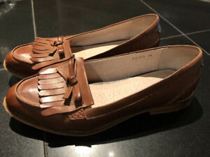 Frye loafer, pre-owned