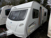 Lunar Lexon ES 2010 4 Berth Fixed Bed End Washroom Touring Caravan