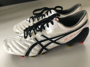 ASICS DS Light X-Fly Mens Soccer Boots/Cleats US size 7
