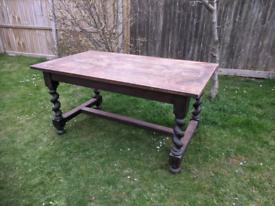 Solid Oak Victorian barley twist dining table