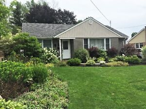 Port Hope - Spotless Bungalow W/ Finished Basement For Lease