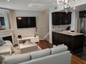 2Bed 2Bath open concept Townhouse in the heart of Yonge/Eglinton