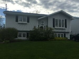 5 Bedroom house in Sackville with heated pool and fenced yard