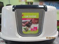 Corner Fit Litter Box