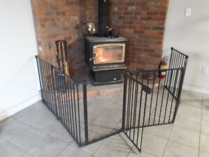 Kidco Wood Stove Safety Gate