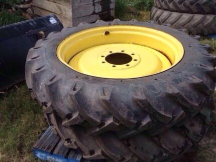 Row crop rims and tyres Windsor Hawkesbury Area Preview