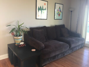 Brown couch needs to sell
