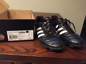 Outdoor Soccer Shoes - 2 pairs Kitchener / Waterloo Kitchener Area image 1