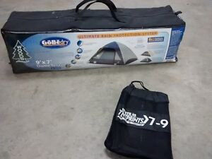 Woods 4-person dome tent