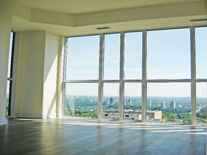 Stunning Views! Gorgeous One Bedroom + Den near TTC & Yorkville
