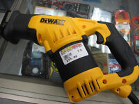 Dewalt DWE357 Reciprocating Saw