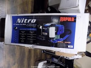 "Nitro 8"" 43cc power ice drill"