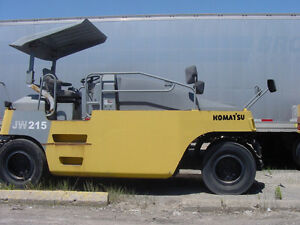 Komatsu JW215 pneumatic 7 wheel compaction roller 10/14 tons,