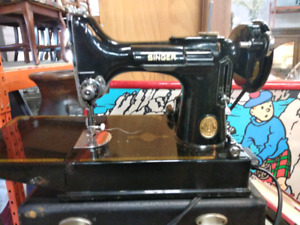 Machine s Coudre - Singer Featherweight. - Sewing Machine