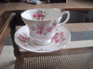 Royal Albert Tea Cup/ Saucer Sets (Page 1) Kitchener / Waterloo Kitchener Area image 2