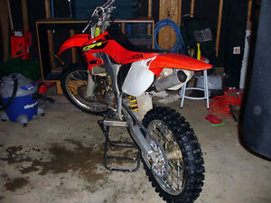 Awesome 2002 CR250 2 stroke excellent condition.