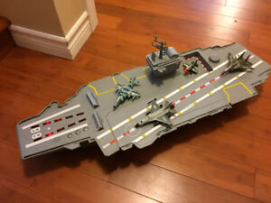Toy Aircraft Carrier with 4 planes $25