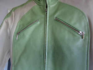 Ladies small leather jacket-  recycledgear.ca Kawartha Lakes Peterborough Area image 3
