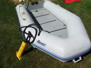 Inflatable raft boat 9' suitable for fishing, hunting, transport