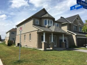 Gorgeous Single Family Home in Kanata north for rent