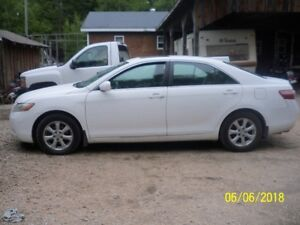 2009 TOYOTA CAMRY LE....REDUCED!!!!!!!!!!
