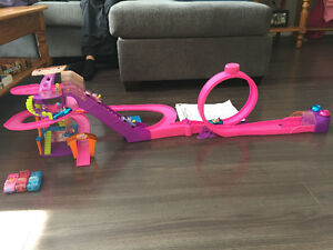Polly Pocket Shopping Mall Race Track
