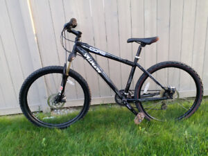Specialized Hardrock Disc HT