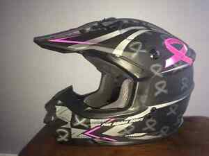 "G-Max ""Pink Ribbon""  Limited edition helmet"