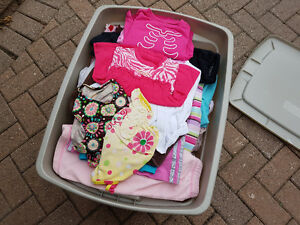 Girls clothes (full bin)