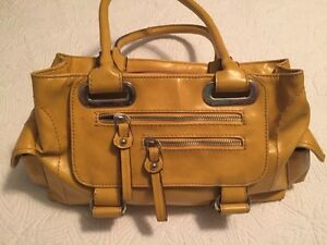 Aldo mustard yellow medium sized purse St. John's Newfoundland image 1