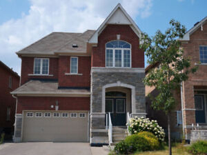 Only $850K!!! Detached House With A 2-Car Garage in Stouffville