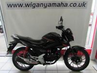 HONDA CB125F (GLR125) 65 REG ONLY 1570 MILES, 125cc LEARNER LEGAL COMMUTER...
