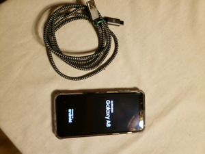 New samsung smart phone, only used for 3 weeks.