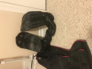 Like new Genuine all leather cowgirl boots